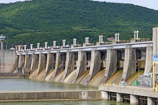 Inspection d'un barrage électrique